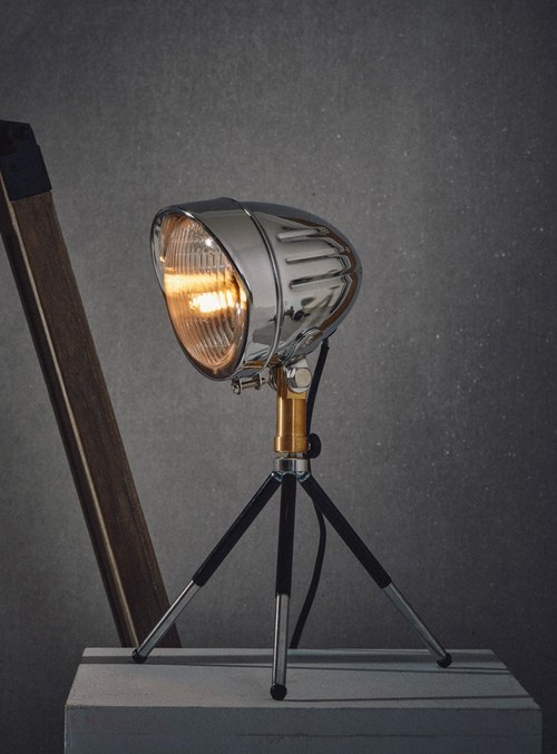 Industrial wind locomotive lamp