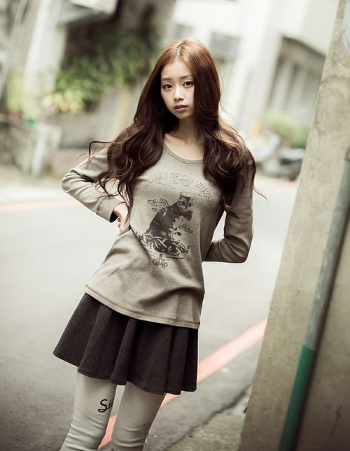 SUMI ♥ Cat Queen Cat ♥ female models long-sleeved T-shirt fit elastic coffee _2AF008_