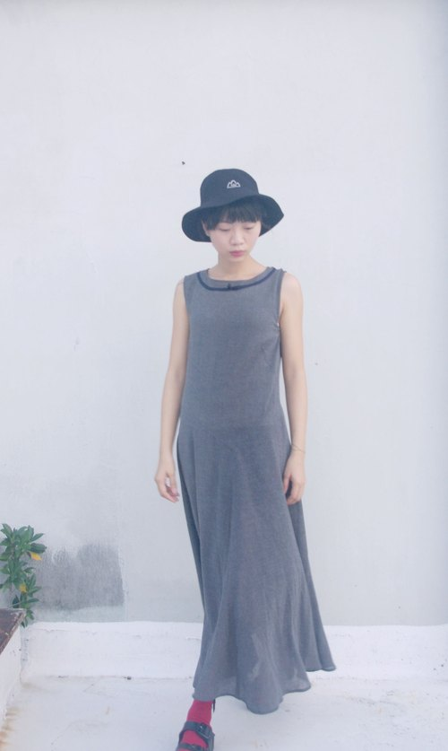 4.5studio- [R;] Restyle- minimalist gray vest special cut long dress umbrella Edition