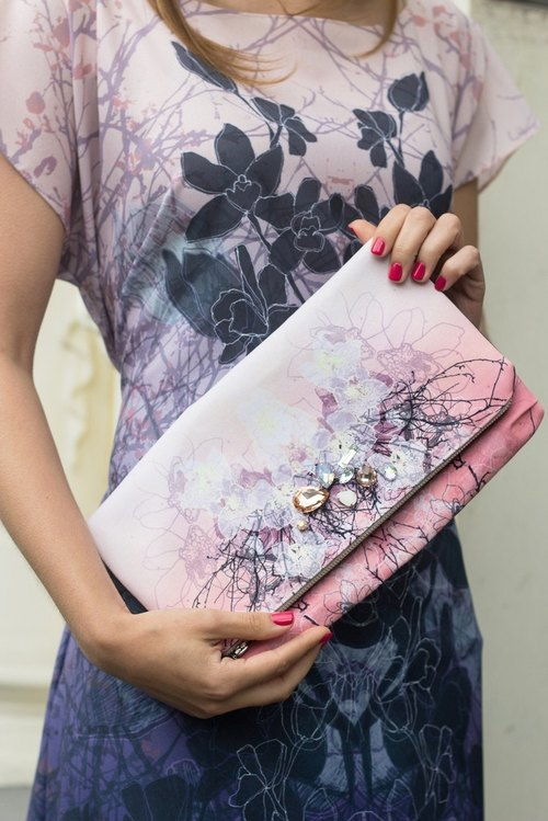 Flowers legend: orchids. Dream Clutch
