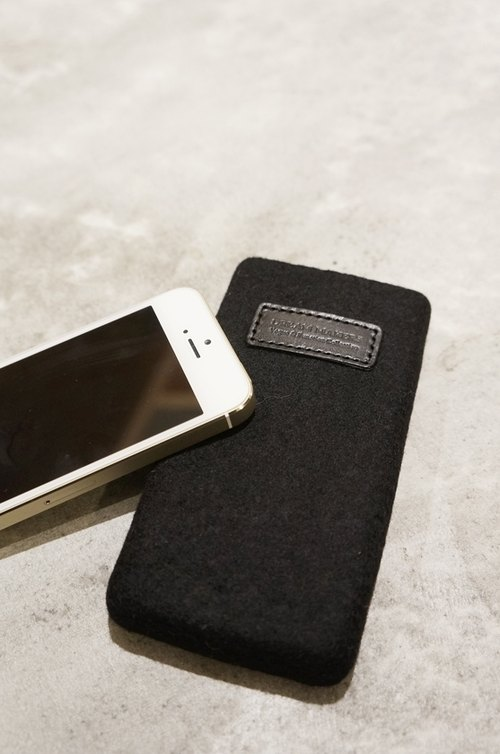 Seamless mobile phone bag low-key black (iphone SE dedicated)