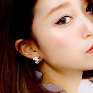 [Luce Costante] Neige earrings / LC-1478 (pin / button ears)
