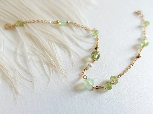 | Touch of moonlight | irregular, multi gemstone peridot natural pearl bracelet