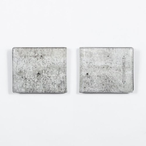 Concrete wall wallet
