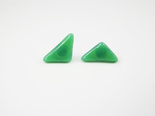 Triangle handmade glass earrings - emerald green