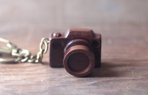 Handmade wooden miniature camera ▣ Deep Core keychain