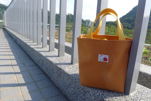 ✎ palette bag / lunch bag / Universal Bag | beam-mouth | Japanese ladybug cloth superscript | yellow
