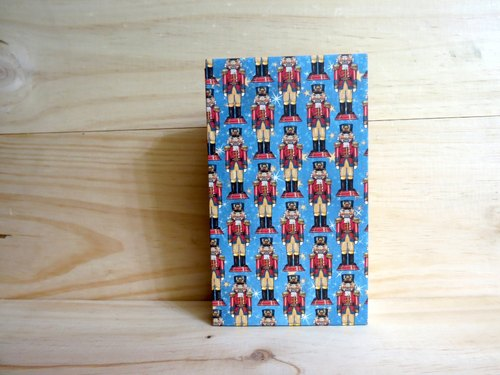 Miss crocodile handmade books French Stitch C --- FRSC031 soldiers