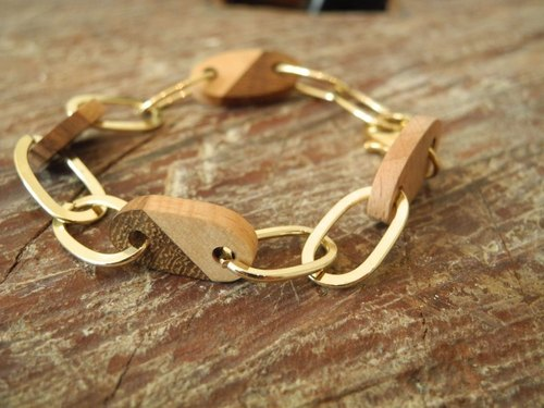 When wood meets gold chain lock practice / hand-made bracelets