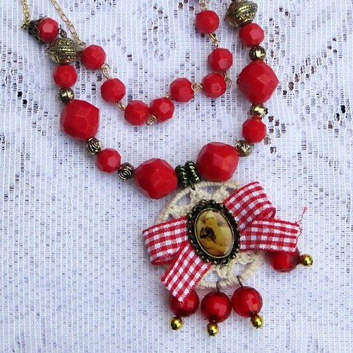 Red Bead Necklace retro double limit manual