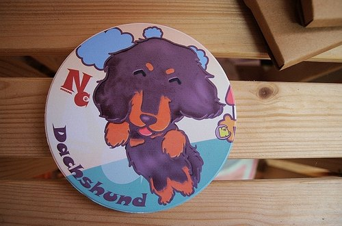 """NONCOOL‧ Cool farming"" Happy reprint! Black long-haired dachshund four eyes ‧ ‧ Q version water coaster"