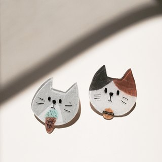 Cat emoticons pin