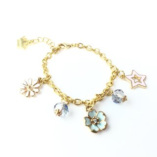 """Fine gold chain bracelet x star flowers metal version Dressed"""