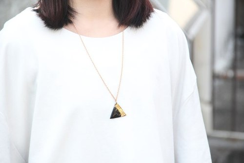 Triangle pure gold necklace vinyl record Hand // Golden Desert