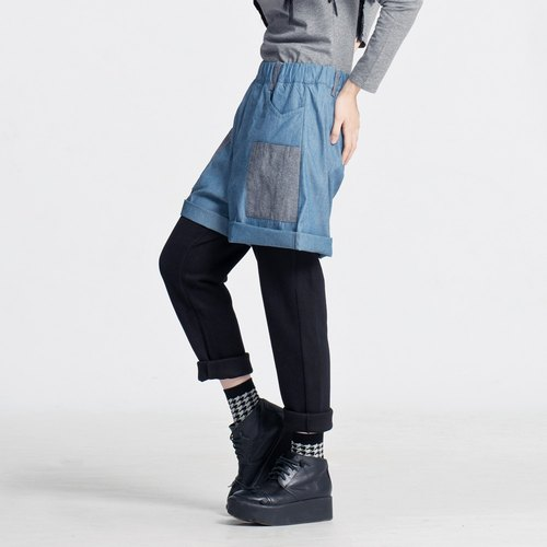 Corsage Traveler / fork work pants Taiwan design