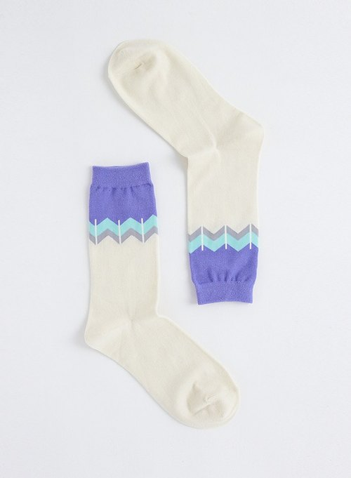 【Go to the Seaside】 OutOfOffice / Purple White / Irregular / Socks