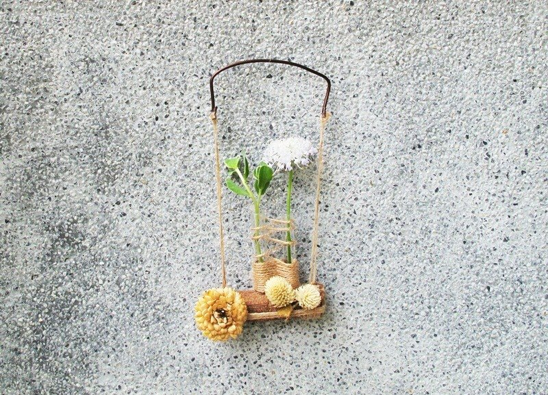Wooden swing - dried flowers flower tube