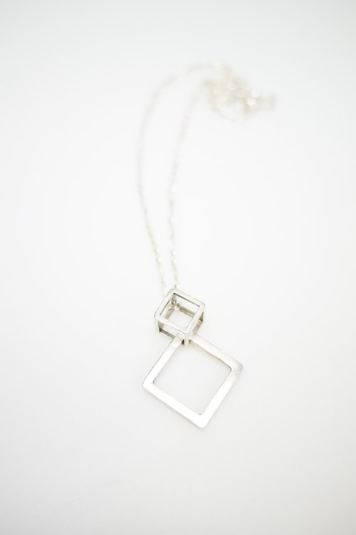 (Double) box relation sterling silver necklaces for Valentine chain male models female models