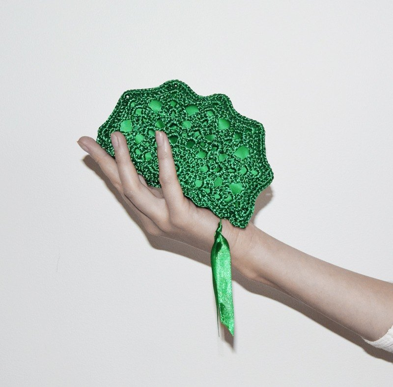 Emerald Green Coin Purse - Small Crochet Bag - Small Emerald Green Purse - Zippered Money Pouch - Green Coin Wallet for Change - Key Storage