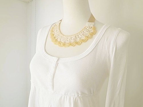 Crochet Lace Jewelry (Moon Light) Necklace