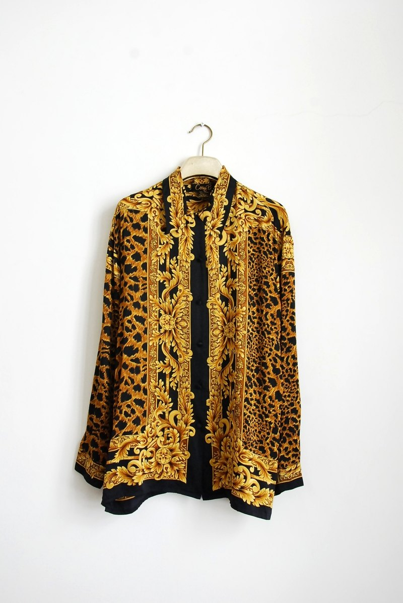 Ornate Baroque vintage leopard shirt