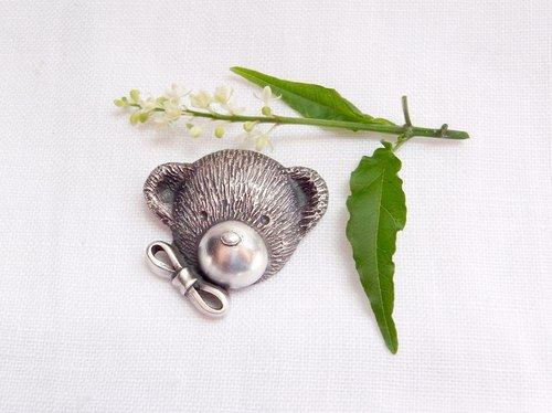 Bow-Knot Teddy Bear--Sterling Silver--Silver Teddy Bear--Pendant Necklace