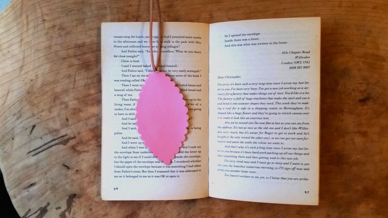 Leather leather - travelers bookmarks / Charm / card (pink sheepskin) - Free custom English name / phrase typing service