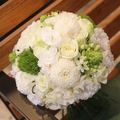 Man flowers - white and green lines bridal bouquets customized wedding bouquet of flowers bouquet Continental