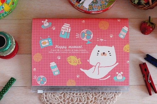 *Mori Shu*stub Collection - good food bun cat warm light - red (attached storage slipcase)