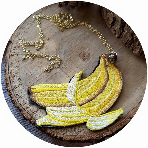 Banana embroidery necklace with silve-plated / gold r-plated chain