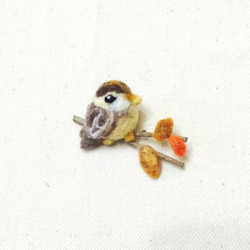 と お sheep wool blankets bird brooch flower brooch