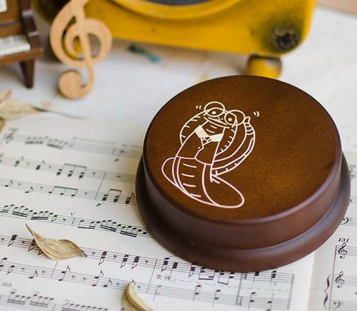 【Birthday gift, commemorative gift, Christmas gift】 zodiac snake customization / / music box