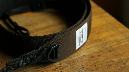 HIPSIONG camera strap - platform (dark brown)