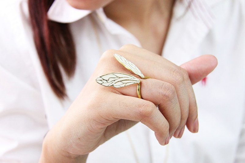 White Dragonfly Wings Ring / Adjustable Woman Accessories