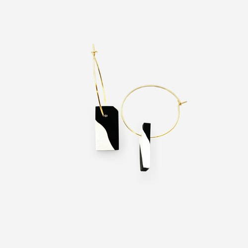 metooworkshop arc series of black and white sesame minimalist gold earrings