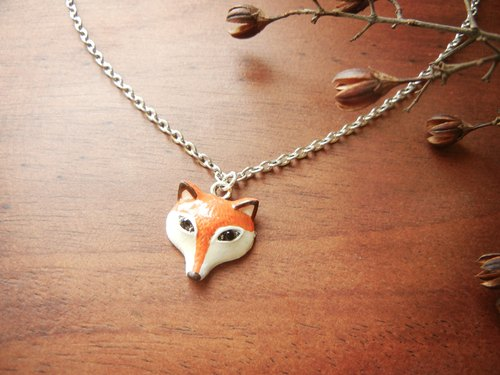 *coucoubird*painted small fox chains - Rhinestone Eyes