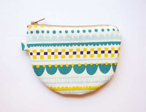 Cup semi zipper bag / purse bit lines