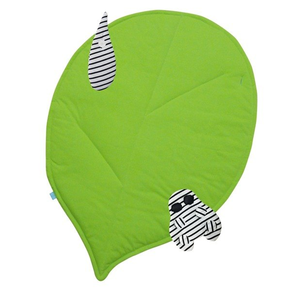 CLARECHEN I love nature Leaf Blanket _ Organic Striped Ladybug and Water Drops