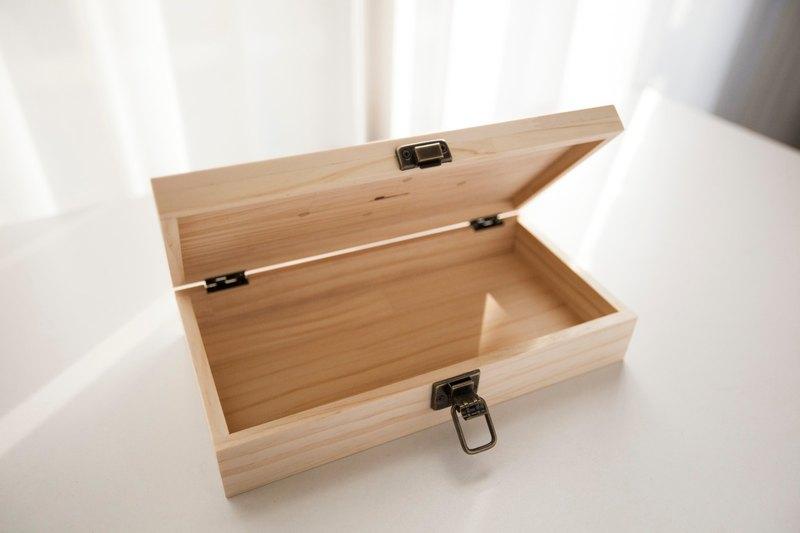 客製化原木手作鐵件木盒 - 松木拼板
