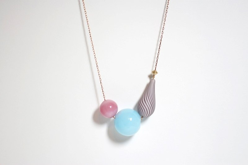 Spring colored glass ball shape brass necklace baby blue / pink / stripe