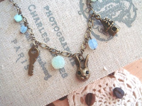 Black Diamond Shuer Garohands bronze bunny forest flowers gift house feel Bracelet B193