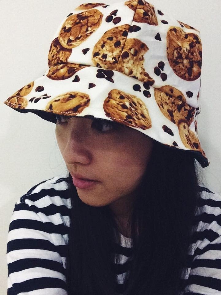 : Double hat: Cookies