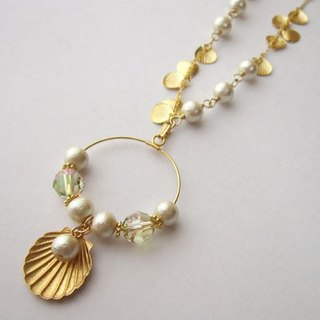 Shell and Swarovski necklace (part of Color: Gold)