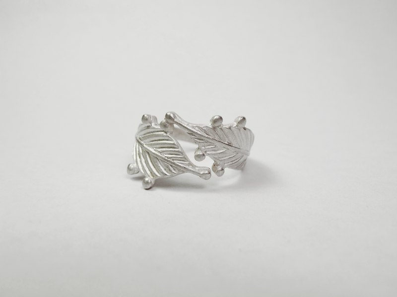 I-Shan13 Feather Leaf Ring