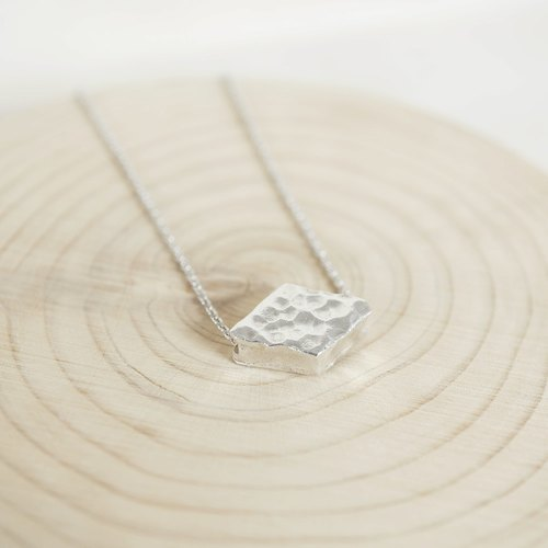 [Cami Handicraft] Geometric Diamond Sterling Silver Necklace