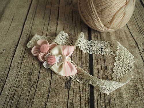 Handmade pink flower baby/kid headband