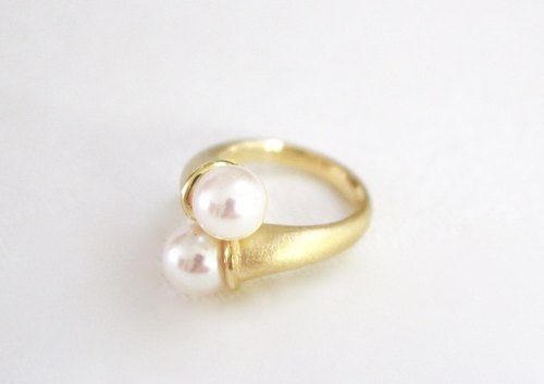 Akoya Pearl Silver Ring (Gold color)