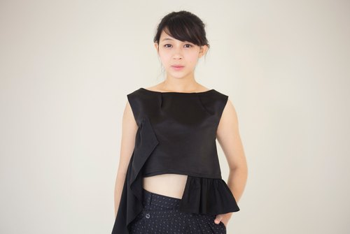 moi non plus short-splicing asymmetric tops