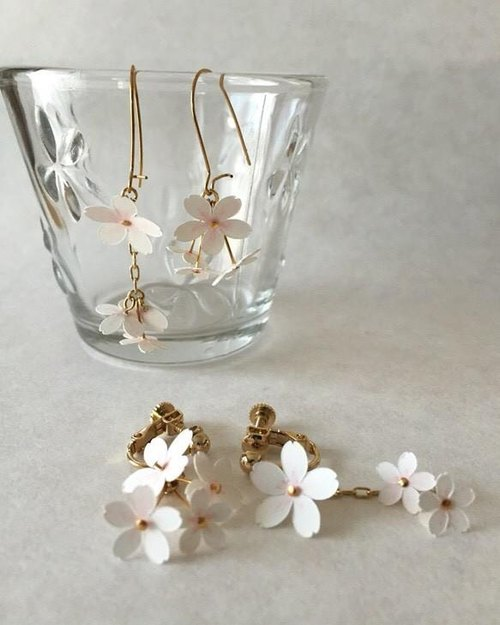 イヤリング:桜ver. Paper Flower Earrings