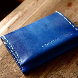 Hand-made hand-dyed blue cans Italian vegetable tanned leather minimalism card package